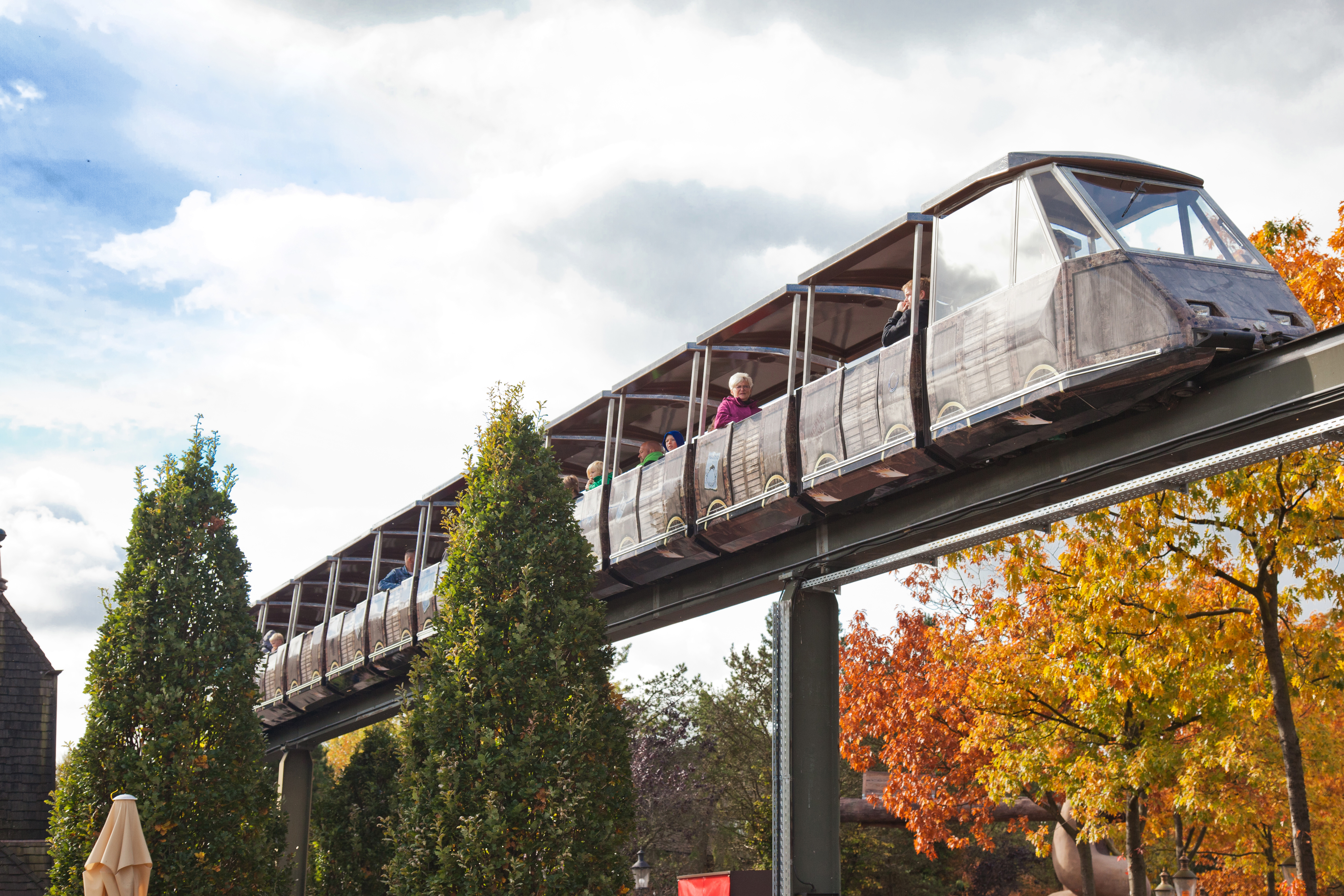 Heide Park Resort Monorail 001